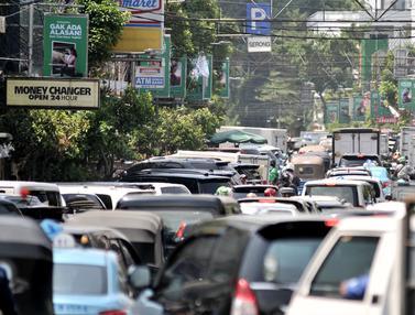 Pemandangan Kemacetan Uji Coba SSA di Jalan H Agus Salim