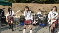 Band Scandal. (fanpop.com)