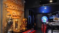 Official store Arema dibuat semi museum. (Bola.com/Iwan Setiawan)