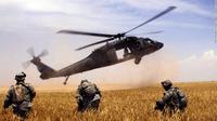 Helikopter Black Hawk yang terlibat kecelakaan. (BBC)