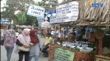Bernostalgia dengan masa lalu, warga di Yogyakarta antusias berkunjung ke pasar kangen yang digelar tahunan ini.