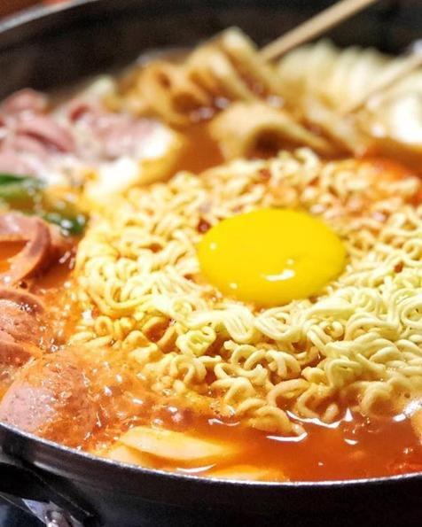 14 Tempat Makan Korea Di Jakarta Paling Populer Di Traveloka Eats