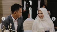 Ikke Nurjanah mengenakan busana serba putih saat melangsungkan akad nikah dengan Karlie Fu (dok,instagram/@karliefu/https://www.instagram.com/karliefu_/?hl=en/Komarudin)