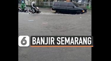 Hujan deras mengguyur kota Semarang dan sekitarnya Selasa (23/2) sore. Akibatnya sejumlah jalan protokol terendam banjir.