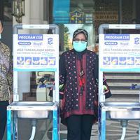 Pasang Wastafel Portable, Cara Unik Surabaya Ajak Warga Lebih Rajin Cuci Tangan