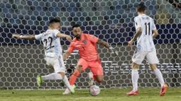 Gol Timnas Argentina dicetak oleh Rodrigo de Paul pada menit ke-39, Lautaro Martinez pada menit ke-85 dan lewat tendangan bebas yang diekseskusi sempurna oleh Lionel Messi pada menit 90. (Foto:AP/Eraldo Peres)