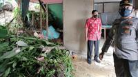 Rumah warga Balikpapan Kaltim yang rusak terkena longsoran tanah, Kamis (19/8/2021).