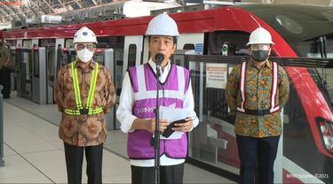 Presiden Jokowi meninjau LRT di Taman Mini Indonesia Indah dan Stasiun Harjamukti Cibubur
