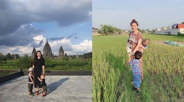 Momen Vicky Shu Liburan di Candi Prambanan dan Borobudur