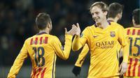 Barcelona menundukkan tuan rumah  BATE Borisov 2-0 dalam laga lanjutan grup E Liga Champions di Borisov Arena, Rusia, Rabu (21/10/2015) dini hari WIB. Dua gol Barcelona diborong Ivan Rakitic. (Reuters/Vasily Fedosenko)