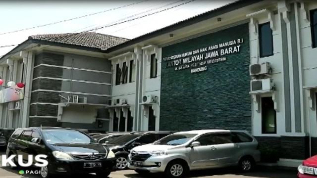 Menanggapi laporan Ombudsman tersebut, pihak kantor Kemenkumham Jabar berjanji akan meninjau kembali salah satunya terkait sel tahanan Setya Novanto.