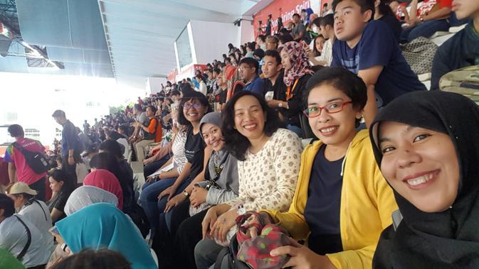Suasana penonton Asian Para Games 2018 di Aquatic Stadium, Senayan (Raya Fitrah untuk Liputan6.com)
