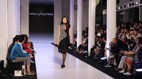 Berikut koleksi fashion dari Natalian Kiantoro yang terinspirasi dari sosok kartun Hua Mulan (Foto: Liputan6.com/ Herman Zakharia)