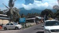 Gunung Barujari Meletus. (dok. BNPB)