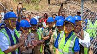 Peresmian BTS USO di Aewora, Kecamatan Maurole, Kabupaten Ende, NTT. Liputan6.com/Yuslianson