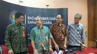 Direktur Deteksi Ancaman Deputi I BSSN Sulistyo, Sekretaris Utama Syahrul Mubarak, Direktur Pengendalian Informasi, Investigasi, Forensik Digital Deputi IV BSSN Bondan Widiawan, beserta moderator di acara BSSN di Jakarta, Jumat (15/3/2019).