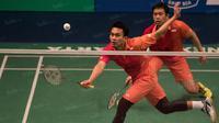 Ganda putra Indonesia, Hendra Setiawan dan Mohammad Ahsan, akan mengawali perjuangan di Olimpiade Rio 2016 pada Kamis (11/8/2016). (Bola.com/Vitalis Yogi Trisna)