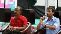 Pelatih Timnas Indonesia, Luis Milla, saat acara diskusi di Kemenpora, Minggu (24/6/2018). (Bola.com/Dok. Kemenpora)