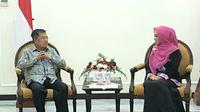 Wapres Jusuf Kalla menerima kunjungan Ikatan Pengusaha Muslimah Indonesia (IPEMI) di kantornya. (Merdeka.com/ Intan Umbari)