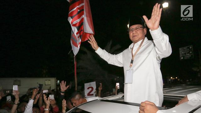 Foto Prabowo dan Residu Dusta Ratna Sarumpaet
