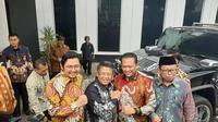 Ketua MPR Bambang Soesatyo dan Wakil Ketua MPR Arsul Sani Mendapat Sambutan Hangat dari Presiden PKS Sohibul Iman Saat Menyambangi Kantor DPP PKS, Jalan TB Simatupang, Jakarta Selatan, Selasa (26/11/2019).