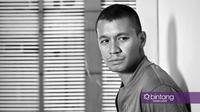 Samuel Rizal, pemain film Eiffel I'm in Love 2. (Fotografer: Nurwahyunan, Stylist: Indah Wulansari, Digital Imaging: Muhammad Iqbal Nurfajri/Bintang.com)
