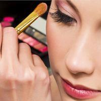 Coba ubah kebiasaan makeup kamu. (Image: lh3.googleusercontent.com)