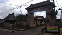 Berlokasi di kawasan Bangli, Bali, Desa Penglipuran kini tak pernah sepi dari pengunjung, terlebih saat liburan sekolah tiba. (Foto: Ahmad Ibo/ Liputan6.com)