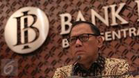 Gubernur BI Agus D.W. Martowardojo menggelar konferensi pers Triwulan III Bank Indonesia (BI) di Gedung BI, Jakarta, Selasa (17/11/2015). BI memutuskan untuk tidak mengubah suku bunga acuan (BI Rate). (Liputan6.com/Angga Yunia)