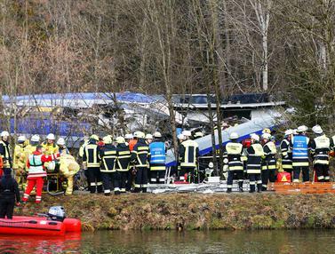 20160209-8 Orang Tewas dan Ratusan Cedera dalam Tabrakan Dua Kereta di Jerman-Bad Aibling