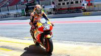 Pembalap Repsol Honda, Dani Pedrosa, dinilai Marc Marquez tak punya motivasi saat menggeber motor Honda. (MotoGP)