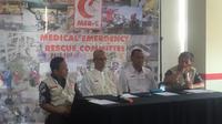 Presidium MER-C, dr Yogi Prabowo, SpOT, dalam jumpa pers di Kantor Sekretariat MER-C, Kramat Lontar, Jakarta Pusat. (Liputan6.com/Muhammad Radityo Priyasmoro)