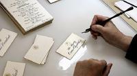 Penulis Kaligrafi Gedung Putih (Business Insider)