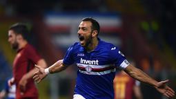 2. Fabio Quagliarella (Sampdoria) - 14 gol dan 5 assist (AFP/Marco Bertorello)