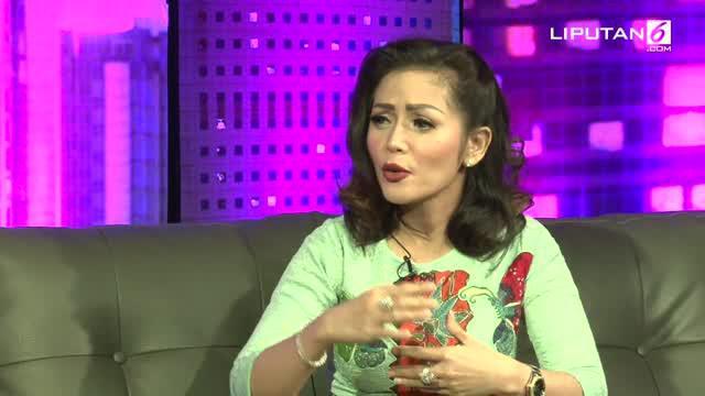 Perceraian pernah menjadi bagian dari masa lalu Kristina. Meski demikian, mantan suami Al Amin Nasution adalah sosok yang pernah dicintainya. Di acara Dear Haters, Kamis (2/3/17), Kristina menceritakan hubungannya dengan mantan suami.