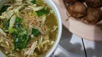 Soto, salah satu kuliner yang tepat untuk mengalahkan dinginnya cuaca Bandung