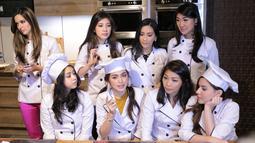 Irene salah satu anggota geng Girls Squad mengklarifikasi terkait kabar suka clubbing atau mendatangi klub malam saksikan live musik. (Adrian Putra/Bintang.com)