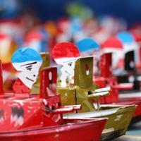 Mainan tradisional,, kapal othok-othok jadi 'wajah' semangat maritim Indonesia.