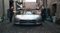 Batman Bakal Pakai Mobil Canggih Mercedes-benz, Begini Wujudnya (Foto:Carscoops)