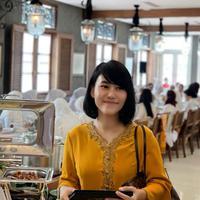 Sandhyca Putrie, ajudan Iriana Jokowi. (dok. Instagram @sandhycaputrie/https://www.instagram.com/p/BypYhGHBQdG/)