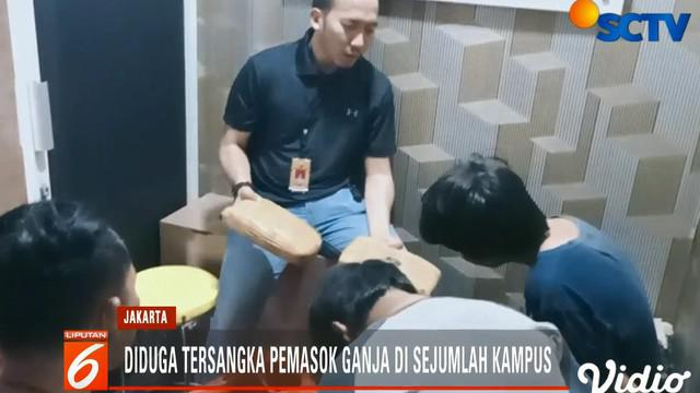 Kuat dugaan dua tersangka berinisial PH dan TBW ini juga ditenggarai mengedarkan narkoba ganja kering ke para mahasiswa di kampus lainnya di Jakarta.