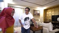 Ria Ricis di rumah Andre Taulany (foto: dok. youtube Ria Ricis 'Ricis Official'/Henry)