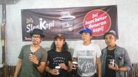 Slank mempromosikan kopi ke Yogyakarta