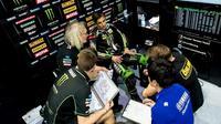 Pembalap Yamaha Tech 3, Johann Zarco belum memiliki kejelasan terkait masa depannya usai MotoGP 2018.