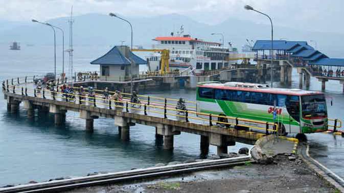 Jelang Larangan Mudik, Pemeriksaan di Pelabuhan Banyuwangi ...
