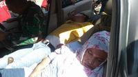 Warga Pekanbaru tak sadarkan diri karena keracunan gas emisi dalam mobil. (Liputan6.com/Istimewa/M Syukur)