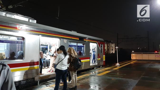 Hasil bidikan kamera Galaxy A50 saat malam hari (Liputan6.com/ Agustin Setyo W)