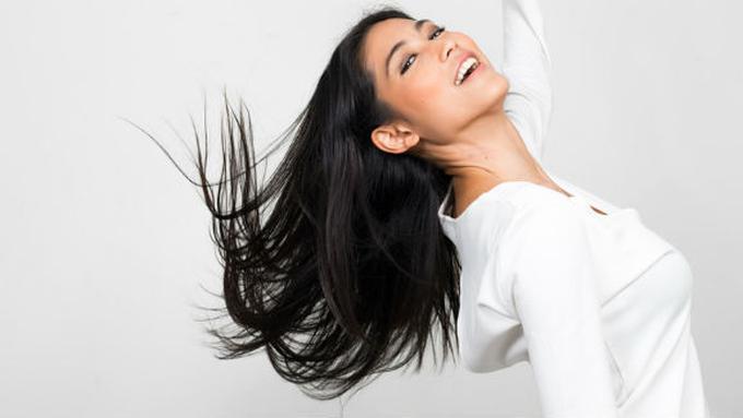 10 Cara Meluruskan Rambut dengan Ramuan Alami - Beauty Fimela.com 9a8543f124