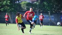 Striker asal Serbia, Nemanja Vidakovic menjadi pemain asing ketiga yang direkrut Bali United FC menghadapi Torabika Soccer Championship presented by IM3 Ooredoo. (Bali United)