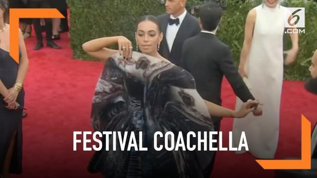 Solange Knowles batal tampil di festival musik Coachella. Panitia mengunggah pengumuman melalui Twitter mengenai penyebab ia batal tampil.